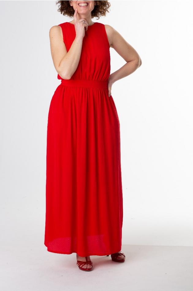 Robe longue rouge, sans manches, dos ouvert