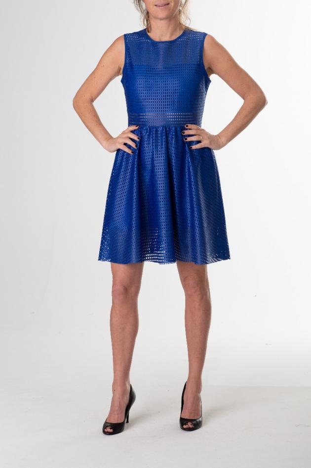 Robe courte bleue électrique effet résille